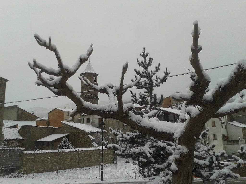 Primera nevada  Desembre 14 a Vilaller (Alta Ribagorça)